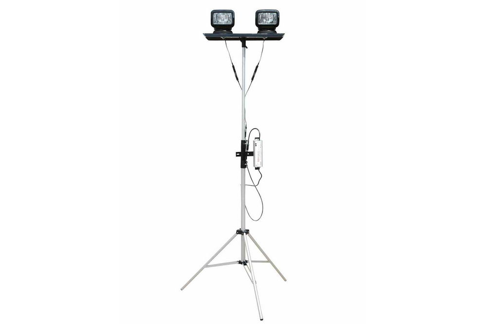 120-277VAC Dual Remote Control Spotlights Extends 3.5 to Portable Telescoping LED Light Tower