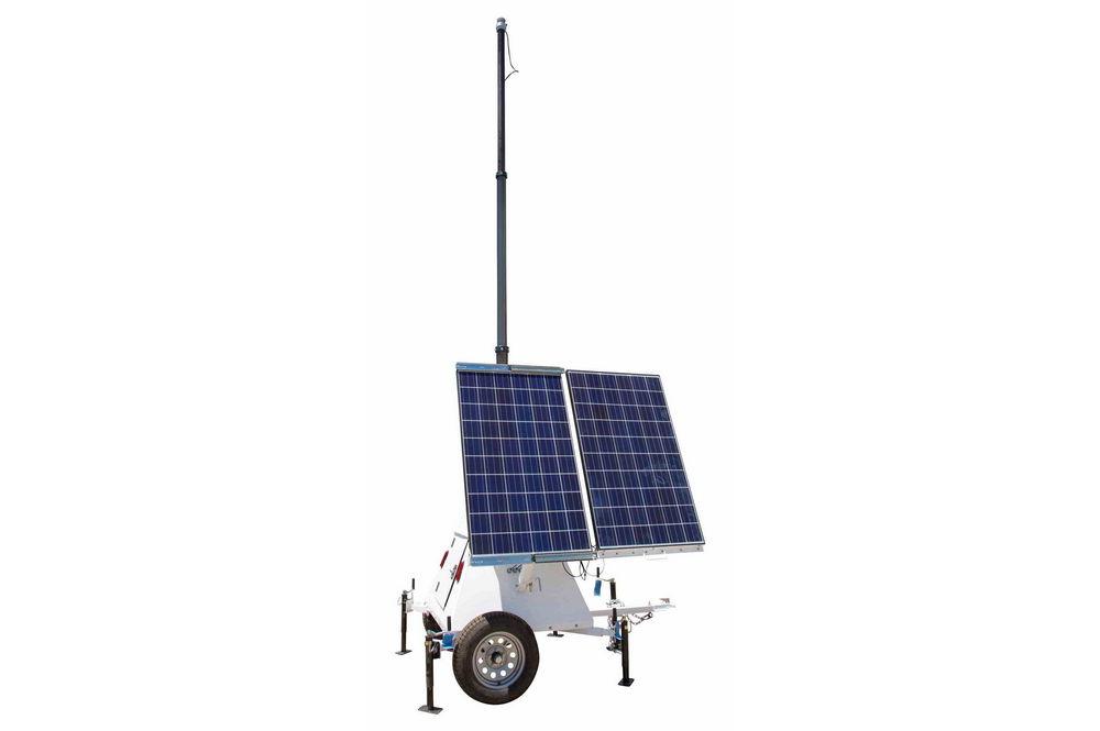 Larson Electronics 600 Watt Solar Power Generator With Light Tower Mast