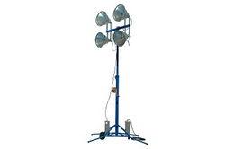 * ALUGUER * Torre de iluminação portátil - 4 X 1500 Watt Luzes de iodetos metálicos - 575,000 Lumens - Estende-se a 14 '