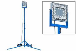 150W Explosion Proof LED Light Tower - Malalta Tensio - Quadpod-Monto - C1D1 - 100 'Ŝnuro w / EXP Plug