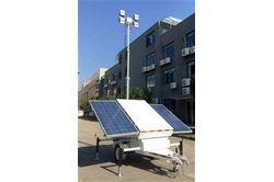 * RENT * 21.3 'päikesevalguse torn (2) 300W paneelid - 4 LED-lambid - 4 150aH Batt. - pöörlev mast