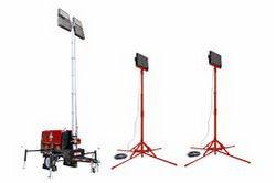 25 'LED Light Tower - Lâmpadas LED 20kW Diesel Gen - (4) - 220V / 50Hz - (2) Torres Aux LED - Vermelho