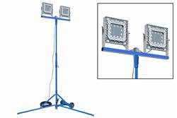 Torre de iluminação LED à prova de explosão 300W - Montagem quadpod - C1D1 - Cabo de pé 100 com ficha EXP - 347-480V